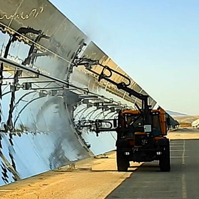 Ventajas de nuestros servicios de limpieza de placas y espejos solares
